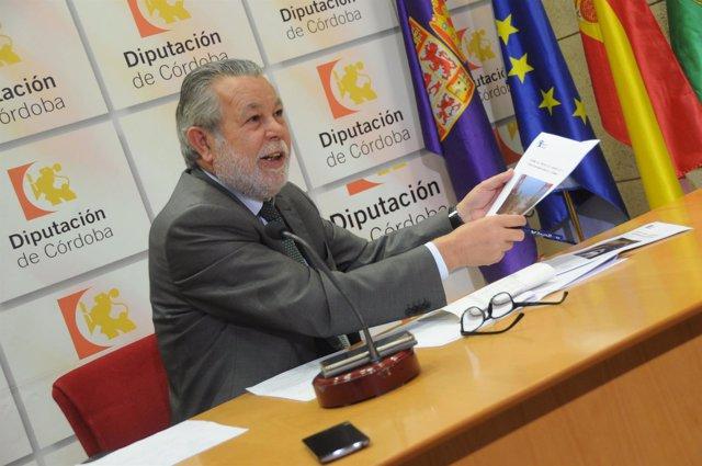 Salvador Blanco en una rueda de prensa