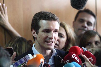 Casado mantiene este sábado encuentros con compromisarios en Granada y Roquetas (Almería)
