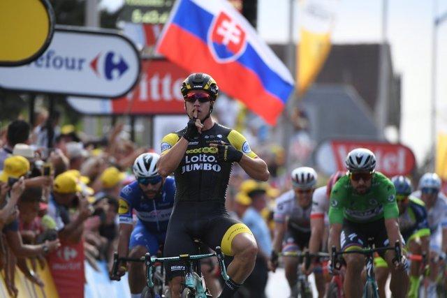 Dylan Groenewegen (LottoNL-Jumbo), ganador de la séptima etapa del Tour 2018
