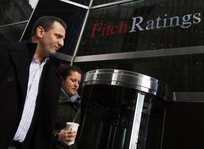 Fitch confirma el 'rating' de España porque no espera grandes cambios en la política del nuevo Gobierno