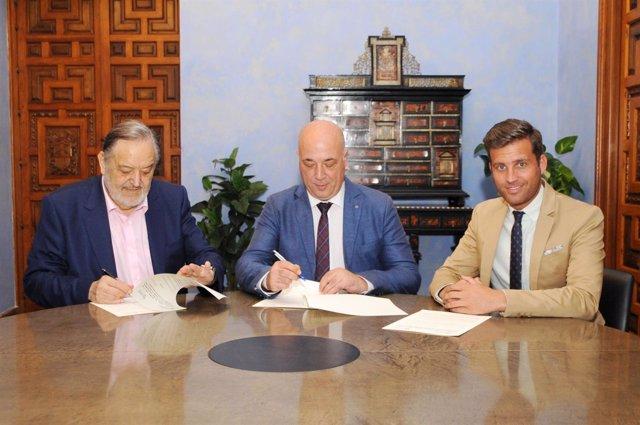 Acuerdo entre la Diputación de Córdoba y la Federación Andaluza de Fútbol