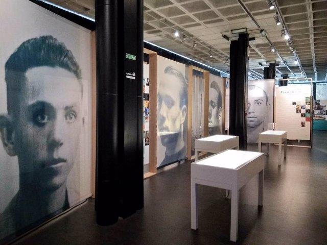 La exposición 'Miguel Hernández, a plena luz'