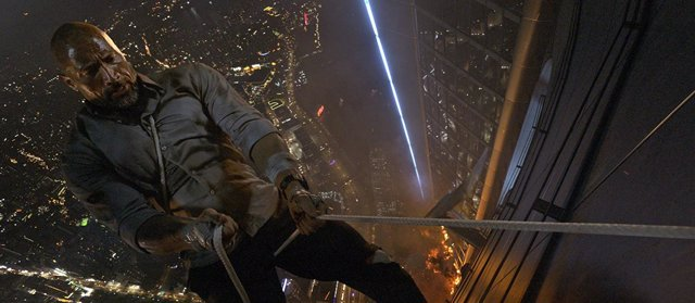 Dwayne Jhonson en El rascacielos