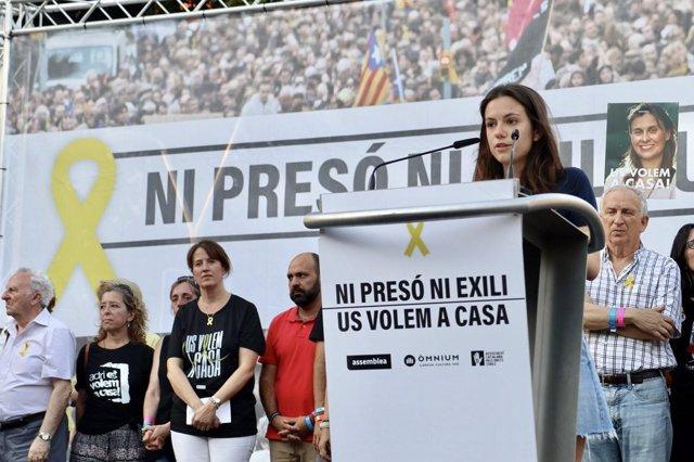 Familiares en la manifestación de los presos soberanistas en Barcelona