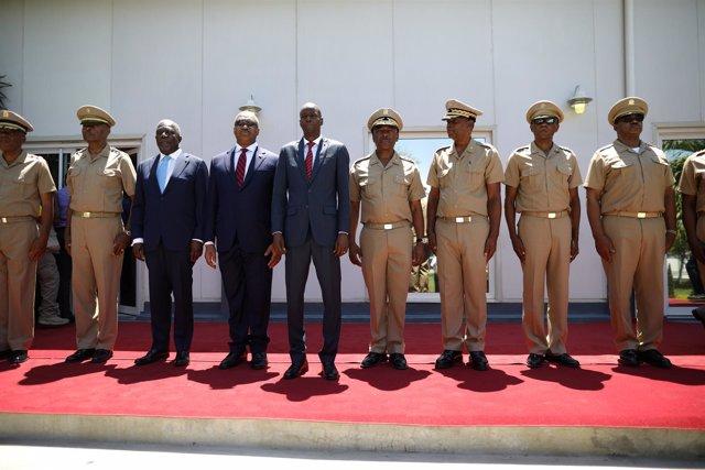 El presidente de Haití y el nuevo mando militar del futuro Ejército