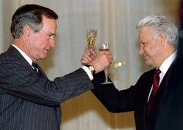 Bush y Yeltsin en Moscú