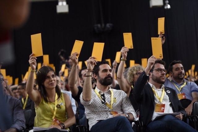 Marta Vilalta, Roger Torrent y Pere Aragonès en la conferencia nacional de ERC