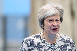 May adverteix que si els conservadors no li donen suport podria