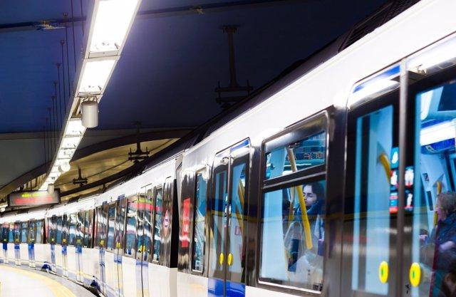 Tren de Metro de Madrid