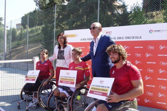 Rienda y Miguel Díaz junto a Lola Ochoa, De la Puente y Caverzaschi