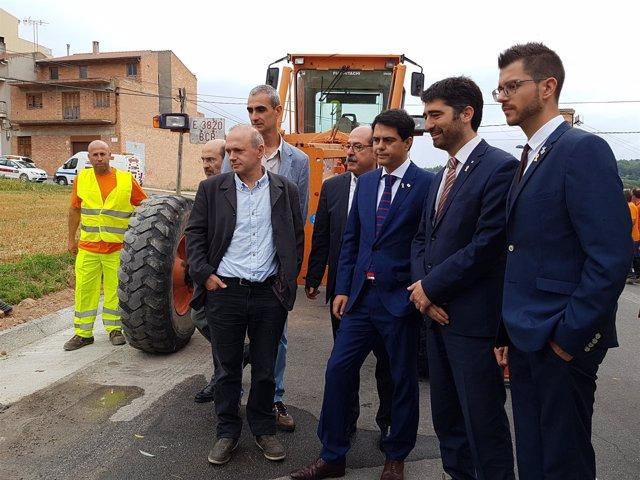 Marc Castells, Jordi Puigneró, Eloi Hernàndez y Jordi Fàbrega visitando las obra