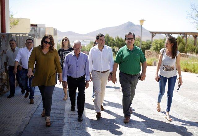 Juanma Moreno, presidente del PP-A, durante una visita al Parque de Cabo de Gata