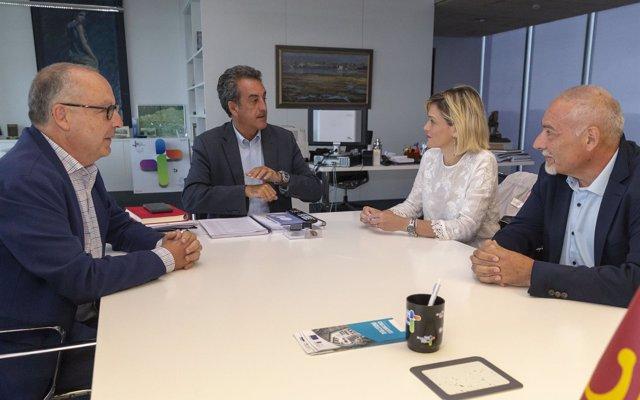 El Gobierno mediará con Viesgo para solucionar los problemas de cortes de luz de Piélagos