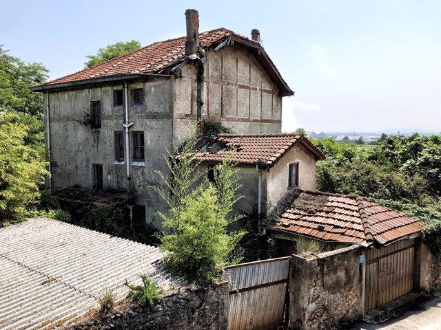 Declarada en ruina una vivienda en la Calleja El Castro de Peñacastillo