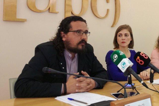 El coordinador provincial de IU, Fernando Macías