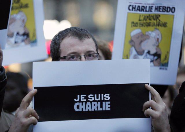 Concentración en París en apoyo a 'Charlie Hebdo'