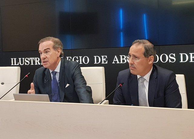 El decano del ICAM con el diputado Eugenio Ribón