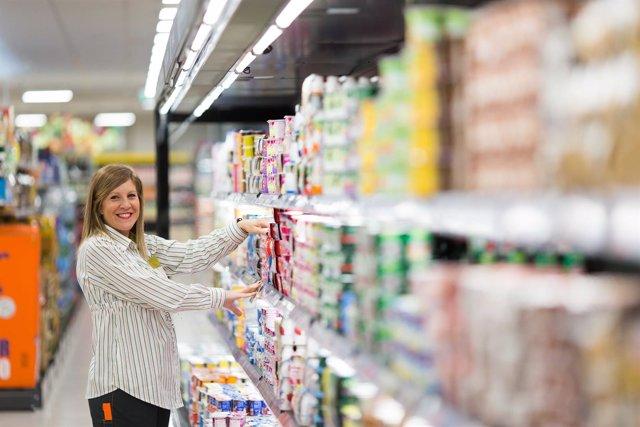 Trabajadora de un supermercado de Mercadona