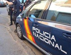 Investiguen la presumpta agressió d'un policia a un fotoperiodista a Barcelona (POLICÍA - Archivo)