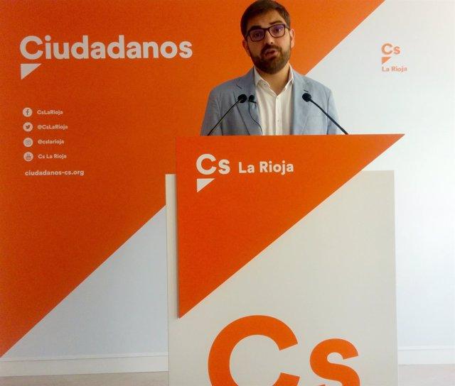 Diego Ubis, en la rueda de prensa