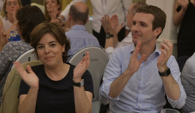 Soraya Sáenz de Santamaría i Pablo Casado