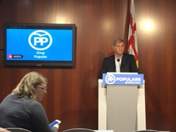 Alberto Fernández (PP) exigeix a Colau passar