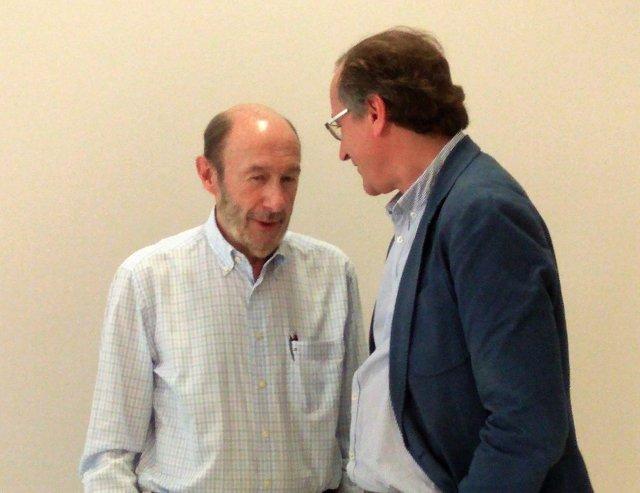 Rubalcaba dialoga con Alfonso Alonso