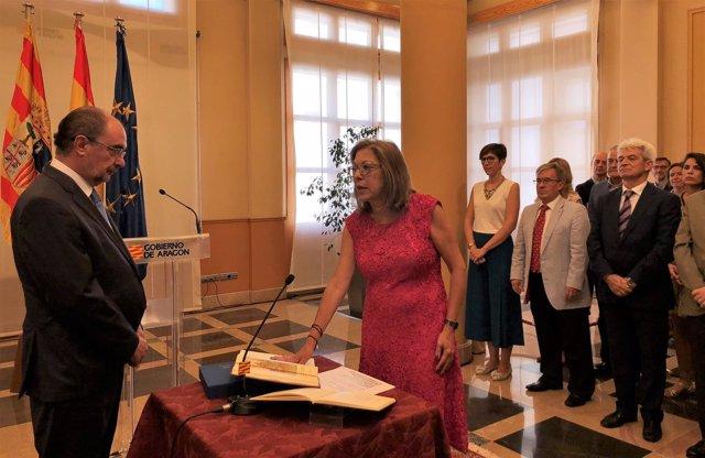 Pilar Ventura ha prometido su cargo como consejera de Sanidad de Aragón