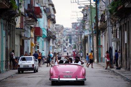Cuba presenta un anteproyecto de la reforma constitucional y admite la propiedad privada
