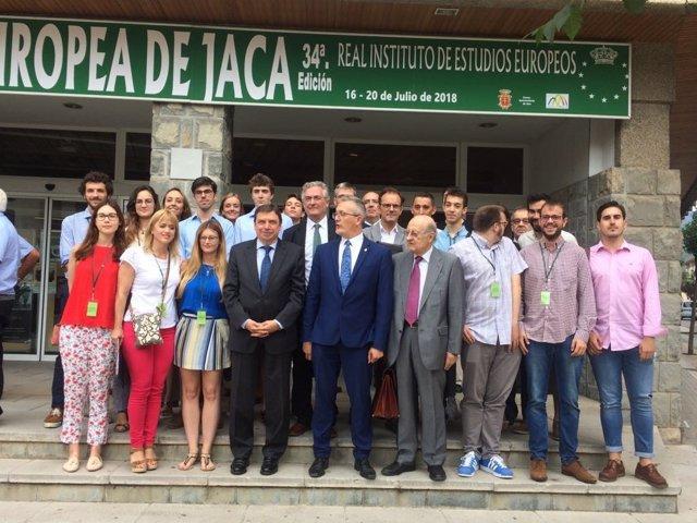 El ministro de Agricutura participa en la Academia Europea de Jaca
