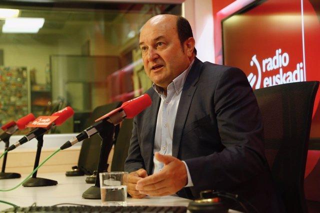 Entrevista a Andoni Ortuzar en Radio Euskadi