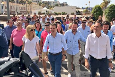"Casado lloa la ""neutralitat exquisida"" de Rajoy (PABLO CASADO/@PABLOCASADO_)"