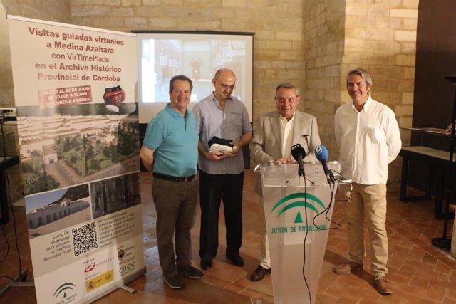 Alcalde (segundo por la dcha.), inaugura las visitas virtuales a Medina Azahara