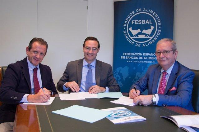 Acuerdo entre los farmacéuticos y la Federación Española de Bancos de Alimentos
