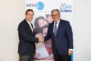 La Federación Empresarial de Farmacéuticos se suma al consejo asesor de la Asociación de Medicamentos Genéricos (AESEG)