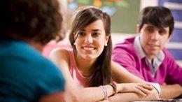 Adolescentes, niños, clase, colegio, aula