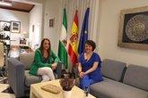 Foto: Junta y Subdelegación abordan la próxima aprobación de los Centros de Referencia Nacional de Madera y Joyería
