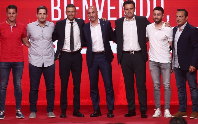 Luis Enrique: 'No he tenido nunca ningún problema con ningún futbolista'