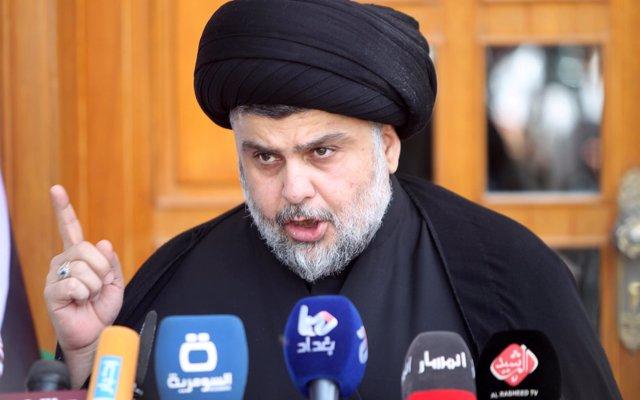 Al Sadr pide aplazar la formación de Gobierno hasta que se dé respuesta a los manifestantes en Irak