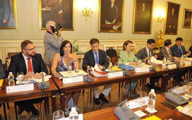 Gamarra participa en la Comisión Nacional de Administración Local para abordar asuntos relacionados con el municipalismo