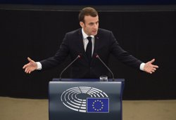 Macron, qüestionat després que un dels seus ajudants pegués un manifestant (PARLAMENTO EUROPEO - Archivo)