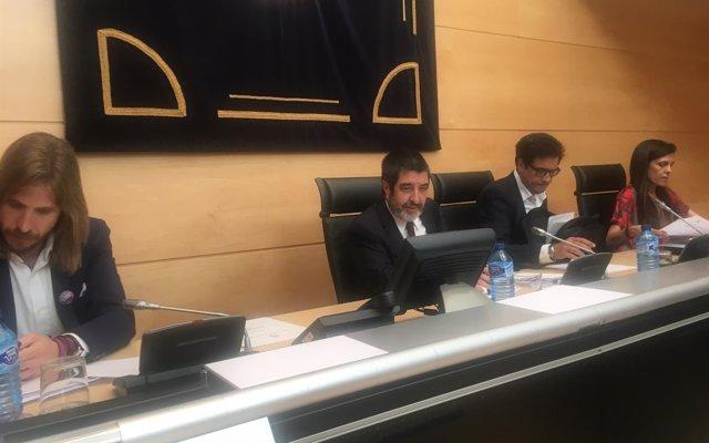 López cree que la 'estructura provincial' de las cajas impidió un proyecto de Comunidad