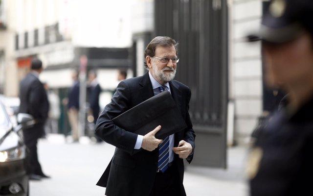 El XIX Congreso del PP arranca este viernes sin un claro favorito y con la incertidumbre sobre el sucesor de Rajoy