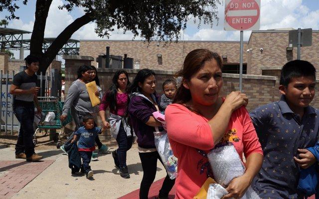 La mayoría de las familias separadas en la frontera entre EEUU y México continúan divididas
