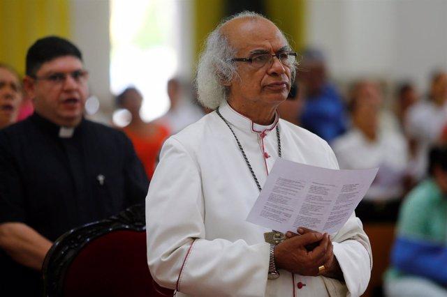 El arzobispo de Managua Leopoldo Brenes en la Catedral Metropolitana de Managua