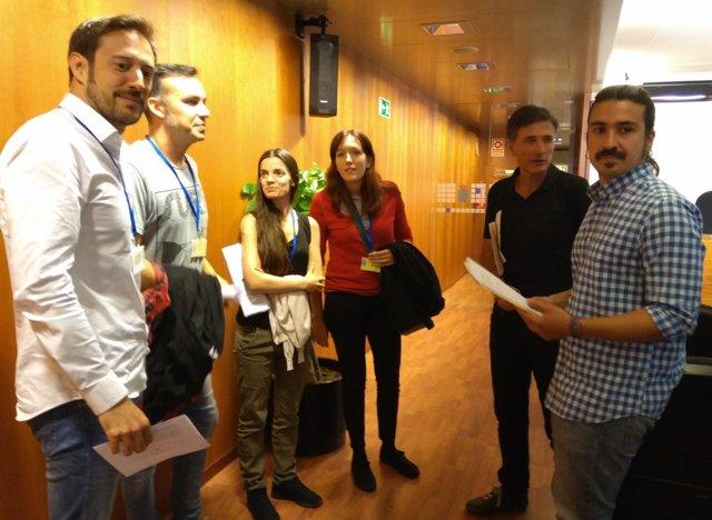 Reunión entre Podemos y colectivos de Farmacia, nutrición y administración