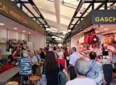 El mercat provisional de l'Abaceria de Gràcia obre portes al passeig de Sant Joan de Barcelona (AJUNTAMENT DE BARCELONA)