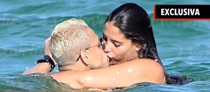 Chicharito se va de vacaciones a Miami con su nueva novia, ¿sabes quién es?