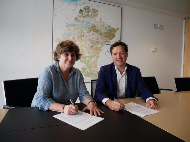 Medio Ambiente Firma Un Convenio Con Iberdrola Para