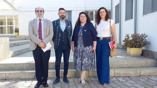 La delegada de la Junta y el director general de Interior visitan la ESPA